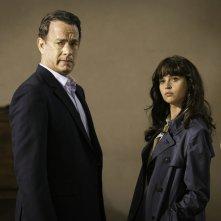 Inferno: Tom Hanks e Felicity Jones in un momento del film