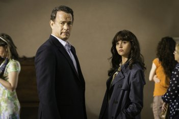 Inferno: Tom Hanks e Felicity Jones in un momento del film