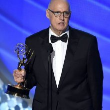 Emmy 2016: Jeffrey Tambor premiato per Transparent per il secondo anno consecutivo
