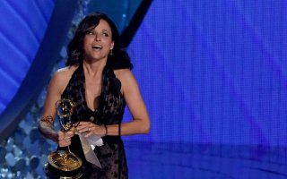 Emmy 2016: quinto Emmy consecutivo per la leggendaria Julia Louis-Dreyfus