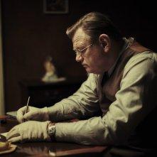 Lettere da Berlino: Brendan Gleeson in una scena del film