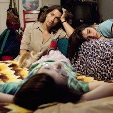 Rara - Una strana famiglia: Emilia Ossandon, Agustina Muñoz e Julia Lübbert in una scena del film