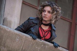 Gotham: l'attrice Camren Bicondova in Better To Reign in Hell