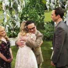 The Big Bang Theory: un momento romantico dell'episodio The Conjugal Conjecture