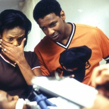 John Q: Denzel Washington in una scena del film