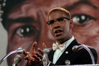 Malcolm X: Denzel Washinton in una scena del film di Spike Lee
