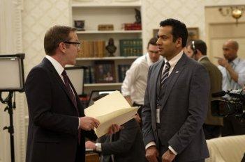 Designated surivor: gli attori Kiefer Sutherland e Kal Penn nel pilot