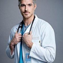 Heartbeat: Dave Annable in una foto promozionale della serie