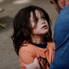 The Slap: il piccolo Dylan Schombing durante una scena