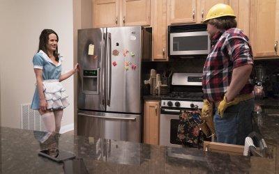 Easy: sesso, rapporti di coppia e una manciata di celebrità nella nuova serie di Netflix