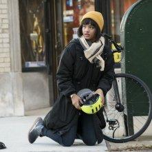Easy: un'immagine dell'attrice Kiersey Clemons