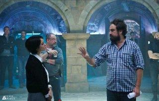 Assassin's Creed: il regista Justin Kurzel spiega una scena a Marion Cotillard