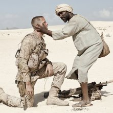 Mine: Armie Hammer e Clint Dyer in una scena