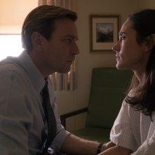 American Pastoral: Ewan McGregor e Jennifer Connelly in una scena del film