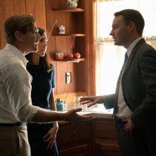 American Pastoral: Ewan McGregor, Jennifer Connelly e Rupert Evans in una scena del film