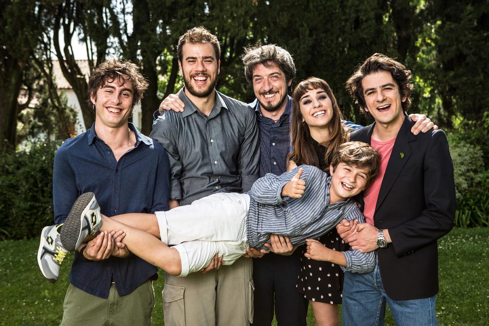 I babysitter: Andrea Pisani, Francesco Mandelli, Paolo Ruffini, Simona Tabasco e Davide Pinter in un'immagine promozionale del film