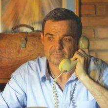 Il missionario - La preghiera come unica arma: Carlos Cabra in una scena del film