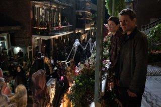 Jack Reacher: Never Go Back - Tom Cruise e Cobie Smulders in una foto del film