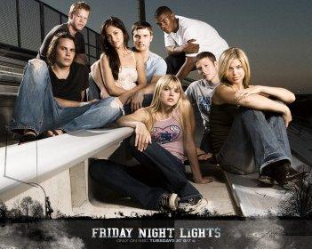Friday Night Lights: Taylor Kitsch, Adrianne Palicki e altri membri del cast in una foto promozionale