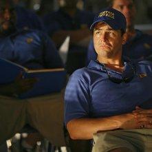 Friday Night Lights: Kyle Chanderl è il Coach Eric Taylor in una scena della serie