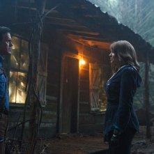 Ash vs Evil Dead: un'immagine di Bruce Campbell e Lucy Lawless