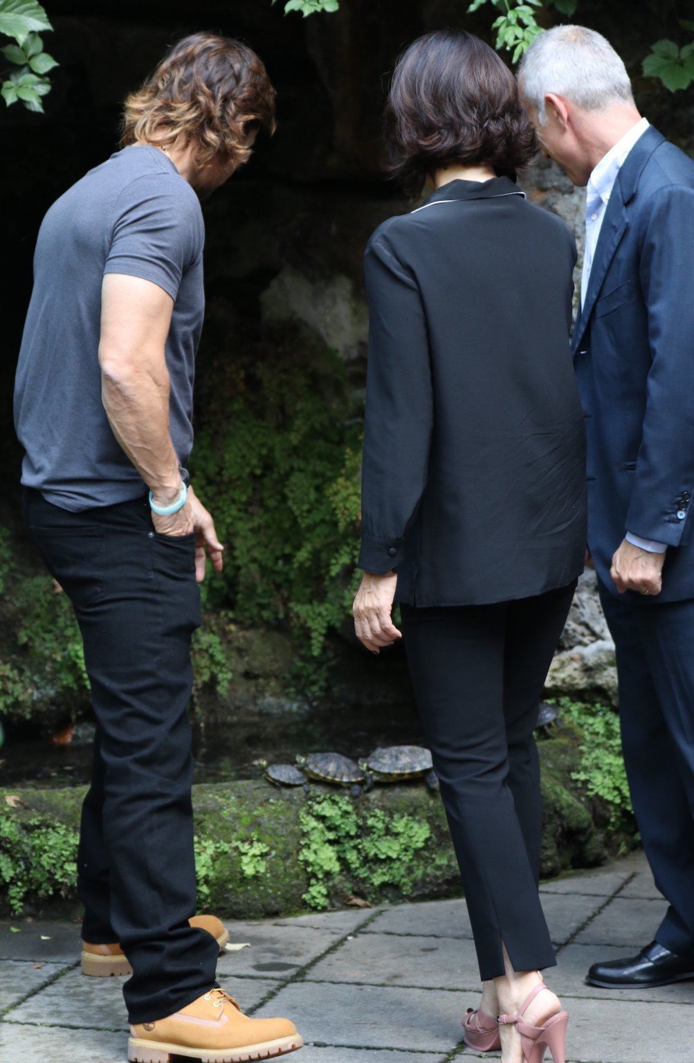 Deepwater: Mark Wahlberg e i produttori guardano incuriositi le tartarughe al photocall