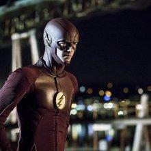 The Flash: il protagonista Grant Gustin nell'episodio Flashpoint