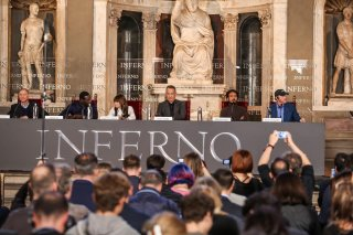 Inferno: il cast al completo durante la conferenza stampa di Firenze