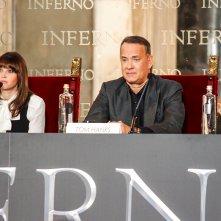 Inferno: Tom Hanks e Felicity Jones durante la conferenza stampa di Firenze
