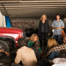 Fear the Walking Dead: Kim Dickens nell'episodio Wrath