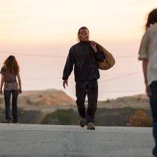 Fear the Walking Dead: un momento del finale della seconda stagione intitolato North