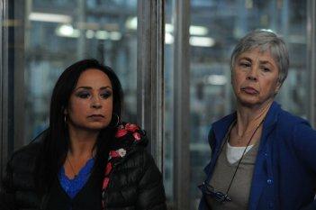 7 minuti: Ottavia Piccolo e Maria Nazionale in una scena del film