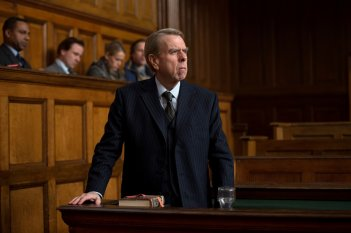 Denial: Timothy Spall in una scena del film