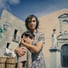 In guerra per amore: Stella Egitto e Samuele Segreto in una scena del film
