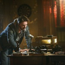 Frequency: un'immagine del protagonista Riley Smith