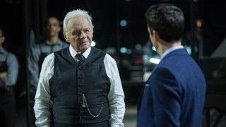 Westworld: Anthony Hopkins in un momento dell'episodio Chestnut