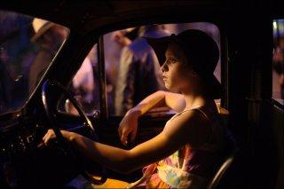 London Town: Nell Williams in macchina in una scena del film