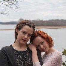 Lovesong: Riley Keough e Jena Malone in un'immagine promozionale del film