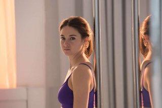 Snowden: Shailene Woodley in una scena del film