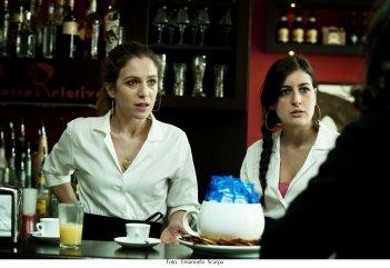 Sole cuore amore: Isabella Ragonese in una scena del film