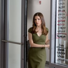 The Accountant: Anna Kendrick in una scena del film