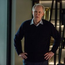 The Accountant: John Lithgow in una scena del film