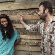 The Animal's Wife: Tito Alexander Gomez e Natalia Polo in una scena del film