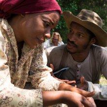 The Birth of a Nation: Nate Parker e Gabrielle Union in una scena del film