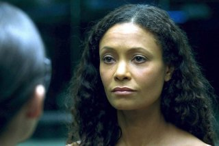 Westworld: Thandie Newton in una scena dell'episodio Chestnut