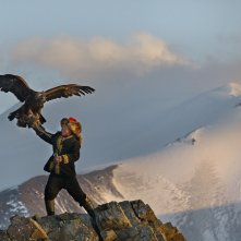 The Eagle Huntress: Aisholpan in una scena del documentario
