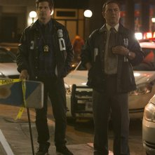 Brooklyn Nine-Nine: una foto degli attori Andy Samberg e Joe Lo Truglio in The Night Shift