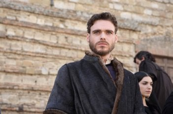 Medici, Masters of Florence: Richard Madden in una scena