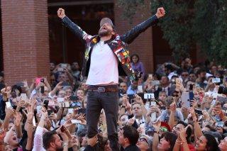 Roma 2016: Jovanotti sulle transenne del red carpet