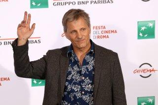 Roma 2016: Viggo Mortensen mentre saluta al photocall di Captain Fantastic